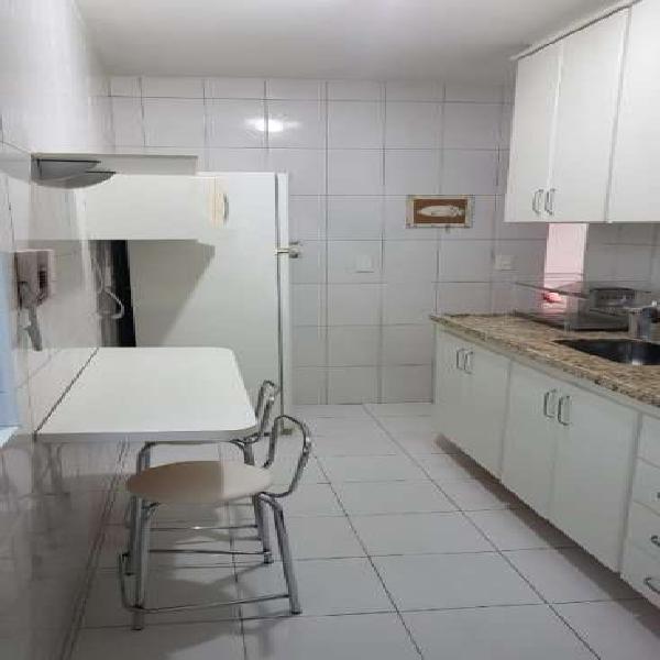 Apartamento mobiliado de 70 m² com 2 dorms 1 vaga -