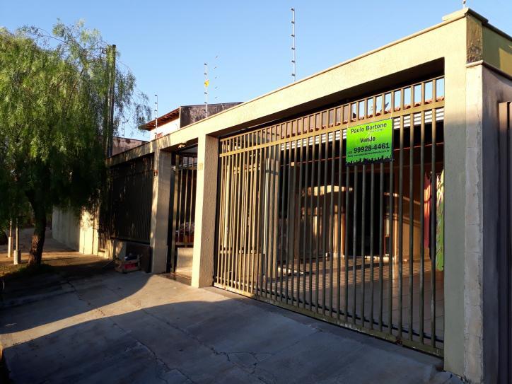 Casa Térrea 3 quartos próximo Jd. Pizza - Permuta