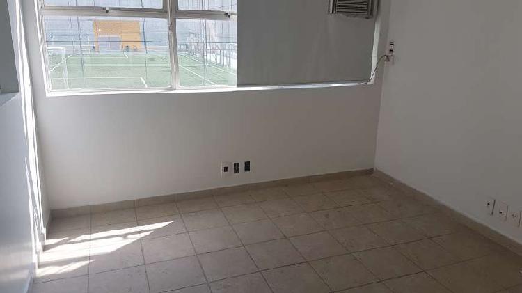 Conjunto para aluguel 60 metros quadrados com 4 salas em