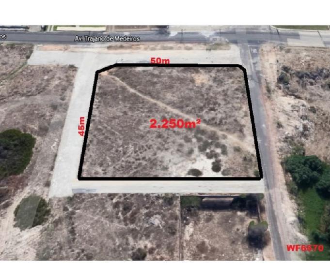 Terreno com 2.250m² com vista mar, bairro dunas