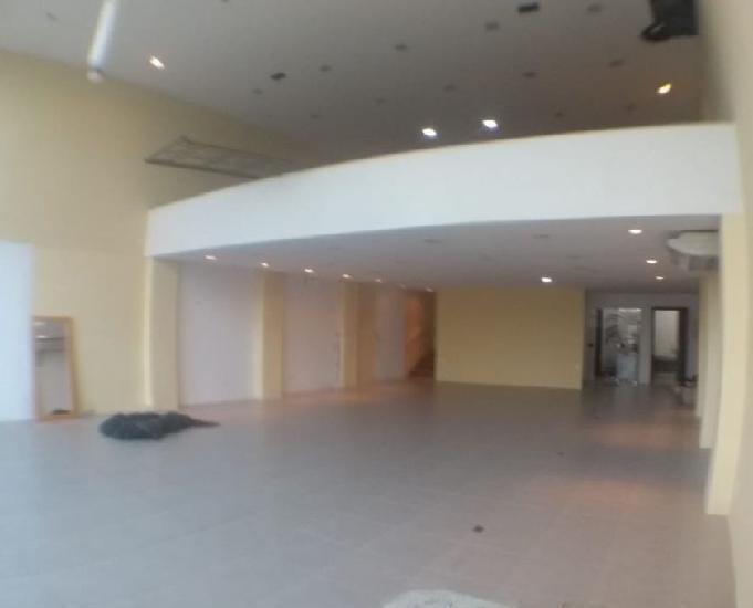 Sala comercial na av. pedro paes de azevedo para locação