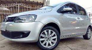 Vw volkswagen fox 2013 completo (placa a) baixo km airbag