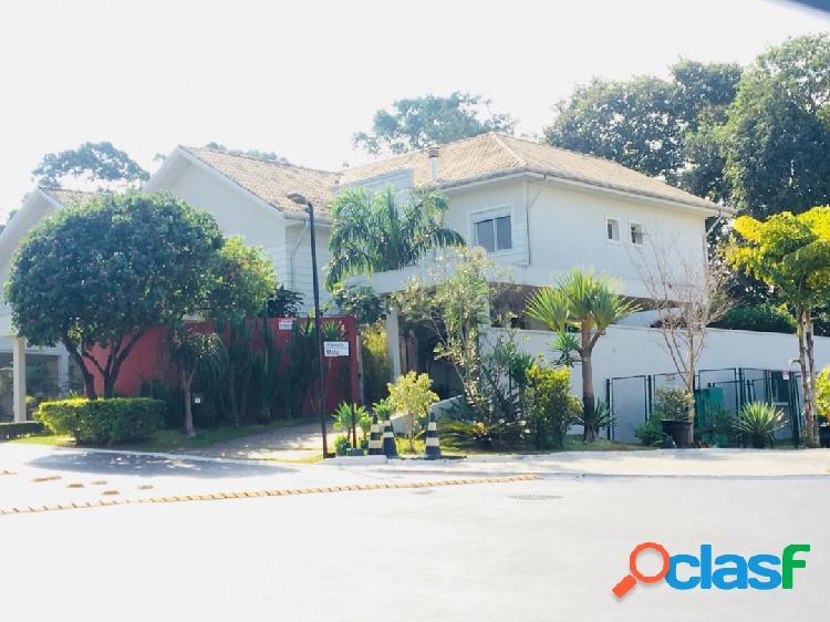 Linda casa no residencial scenic alphaville! confira!