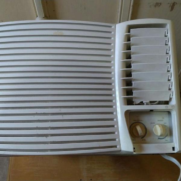 Ar condicionado springer midea 7.500 btus quente e frio