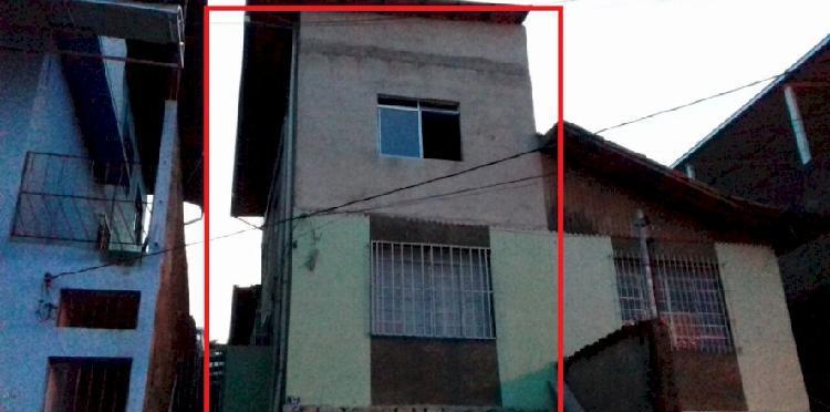 Casa geminada no vista alegre vendo ou troco aceito lote