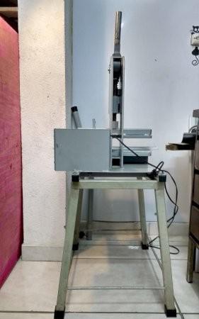 Máquina de fazer chinelos rápida e de fácil uso