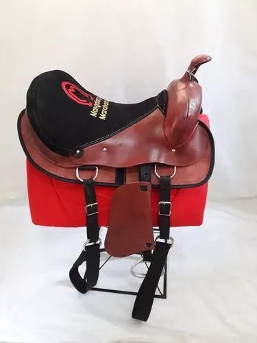Sela americana pra passeio/cavalgada bordada mangalarga
