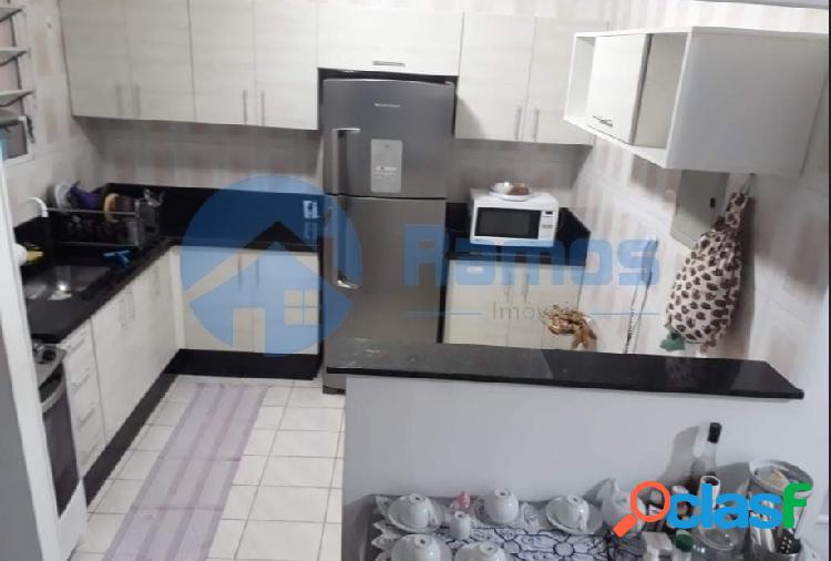 Casa em condomínio com 3 dormitórios em cotia