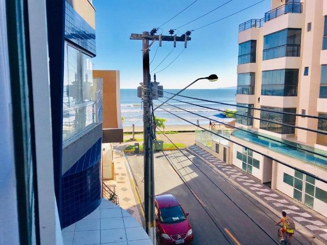Apartamento climatizado na quadra mar em itapema, sc
