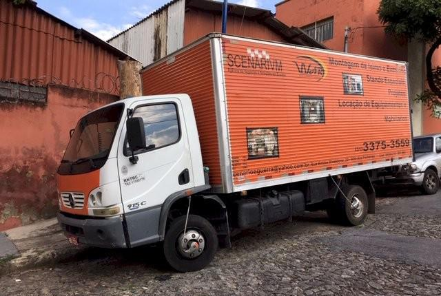 Caminhão mercedes benz accelo 915c ano 2003 série especial