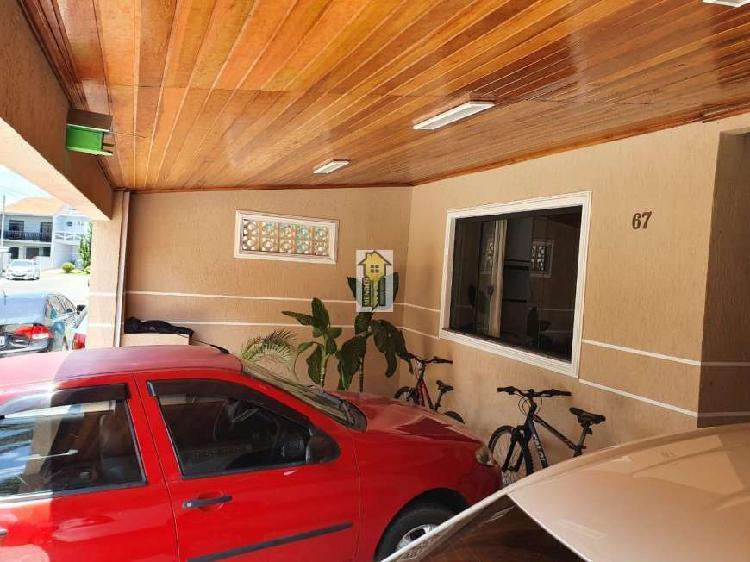 Casa de condomínio para venda possui 90 metros quadrados
