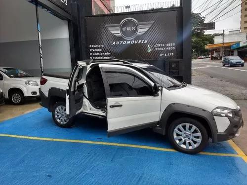 Fiat strada 1.8 16v adventure cab. dupla flex 3p
