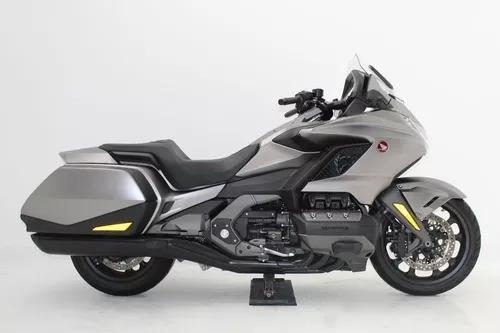 Honda gl 1800 gold wing 2019 prata - só 3.082 kms rodados
