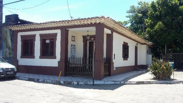 Linda casa no centro histórico de cananéia