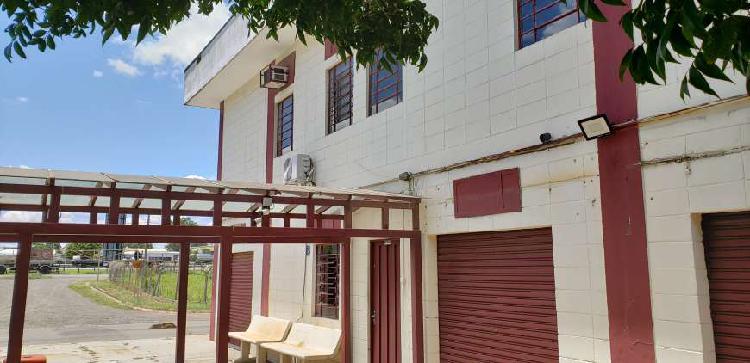 Prédio comercial inteiro ou parcial para aluguel - 630 m²