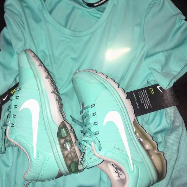 Kit tenis nike airmax original e camiseta nike original