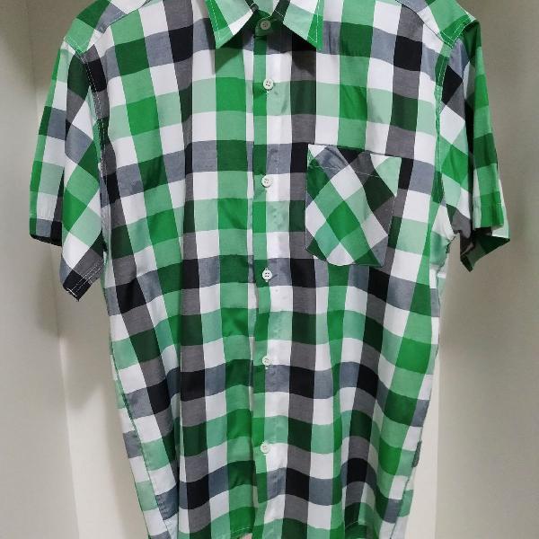 Camisa manga curta xadrez