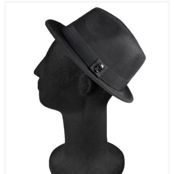 Chapéu fedora aba curta