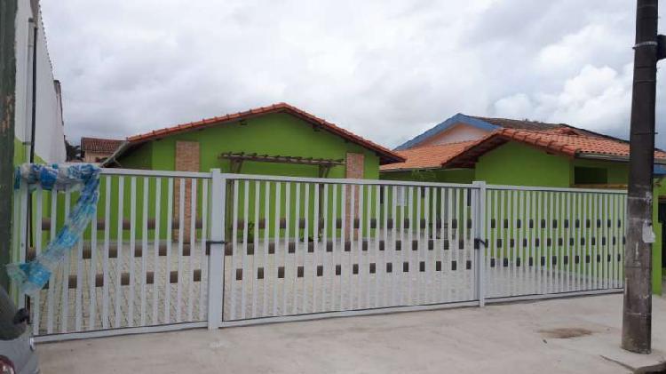 Casa em condomínio 2 dormitórios, sendo 1 suite, bairro