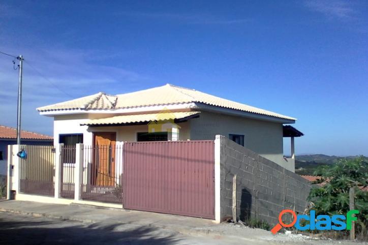 Vende-se uma casa em nova resende! aceita financiamento! ótimo acabamento!