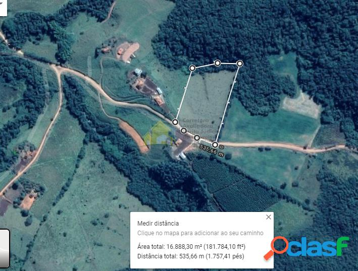 Vende-se sitio de 16.000 m² no município de nova resende mg