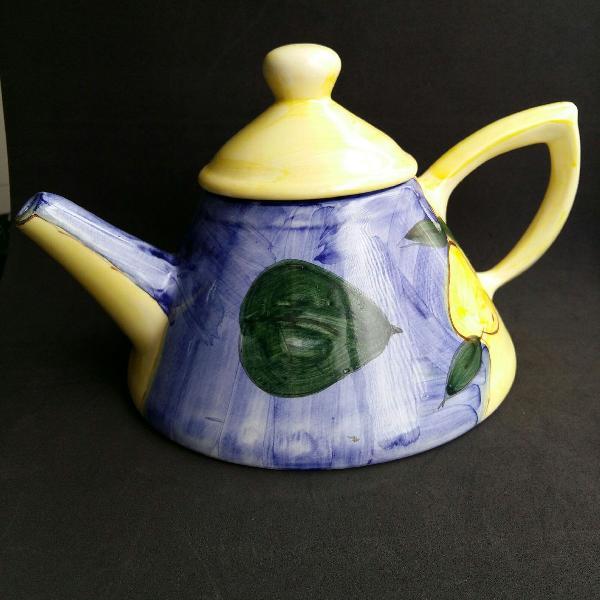 Bule de chá / café em cerâmica pintado à mão