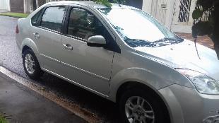 Ford fiesta sedan 1.6 completo 2009