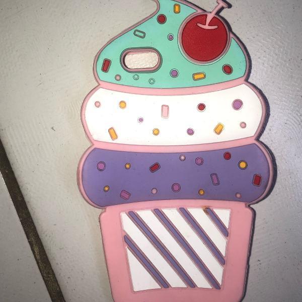 Capinha cupcake iphone 6/6s