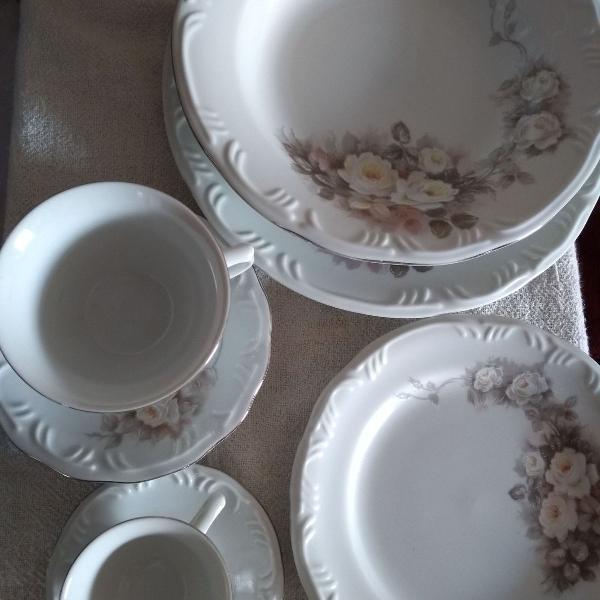 Jogo de jantar, café e chá de porcelana da schimdt