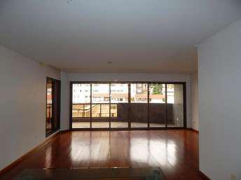 Apartamento com 4 quartos para alugar no bairro santo