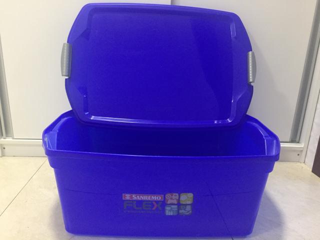Caixa organizadora c/tampa 48l azul p/organizar vários