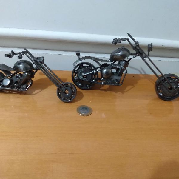 Duas motos decorativas chopper aço metal artesanal r$399