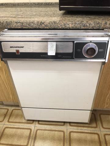 Lava louças brastemp super automática em ótimo estado de