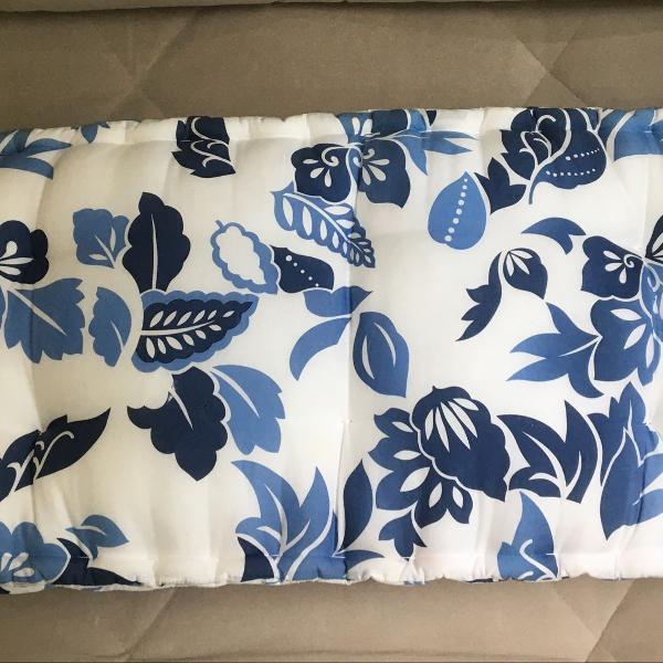 Almofada assento flora azul tipo futon