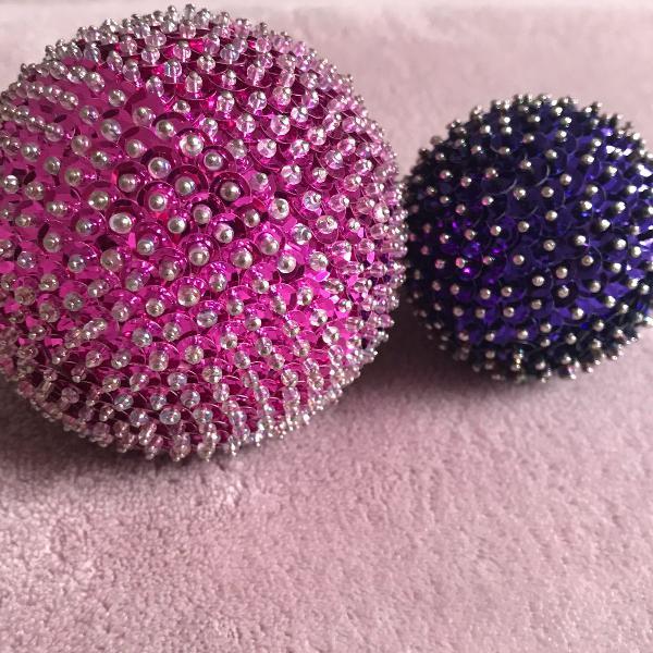 Bola decorada tamanho médio