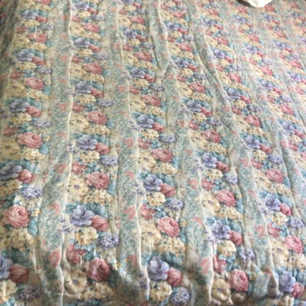 Colcha cama de casal floral