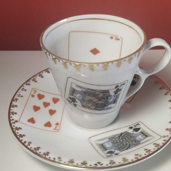 Xícara e pires porcelana real antiga anos 60