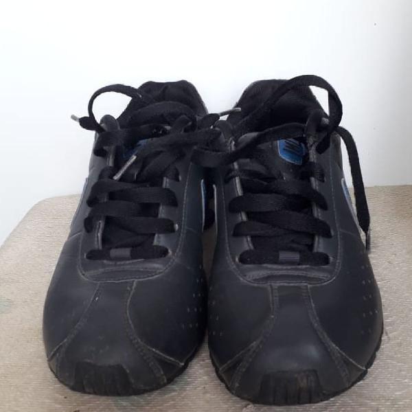 Nike shok original