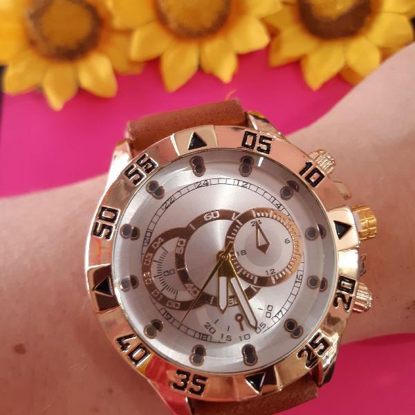 Relógio masculino robusto marrom