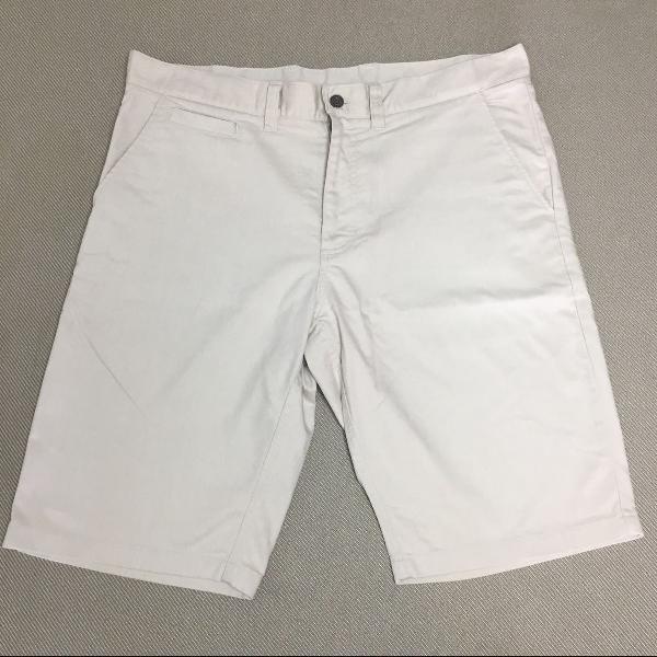 Bermuda nike sb importada masculina tamanho 46 brasil, bege