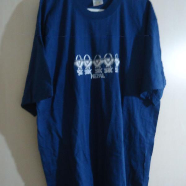 Blusa camiseta manga curta nepal usado