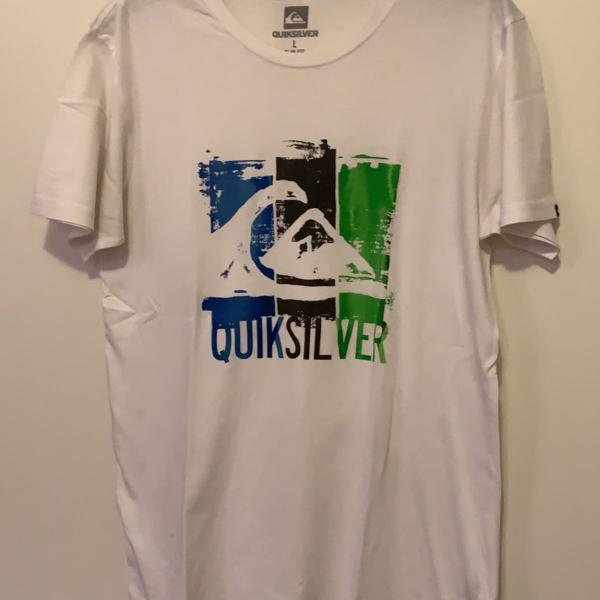 Camiseta de manga curta masculina branca com estampa na