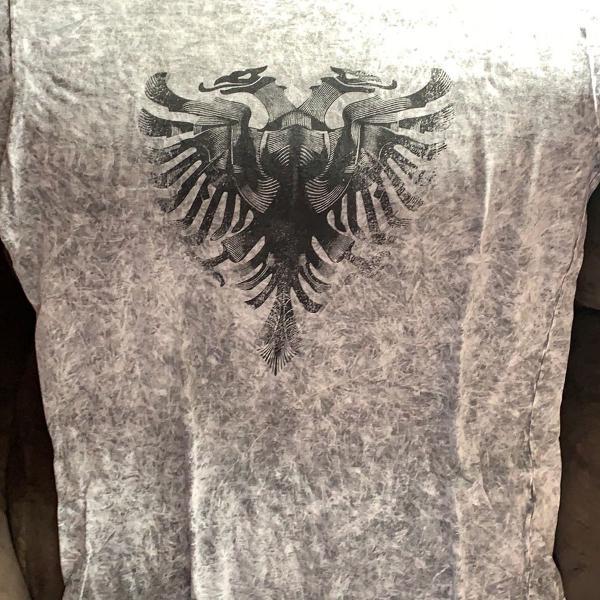 Camiseta masculina cavaleira