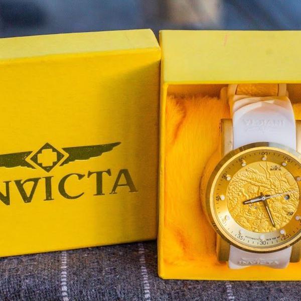 Relógio invicta modelo yakuza - novo