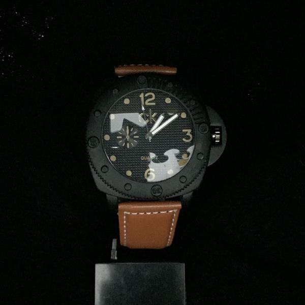 Relógio masculino ck , pulses de de couro ,caixa preta ,