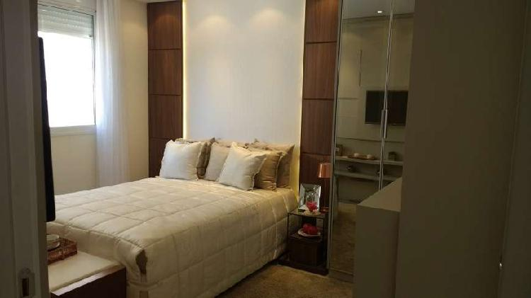 Apartamento com 83m², 3 dormitórios com suíte e varanda