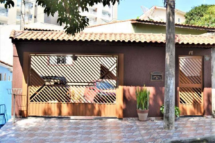 Casa a venda localizada no bairro jordanópolis!