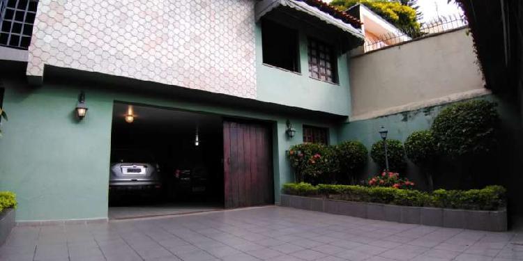 Casa para venda com 300 m² com 4 dorm. próx. shopping
