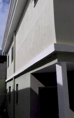 Linda casa no asteca com 3 quartos, 2 banheiros e 1 vaga de