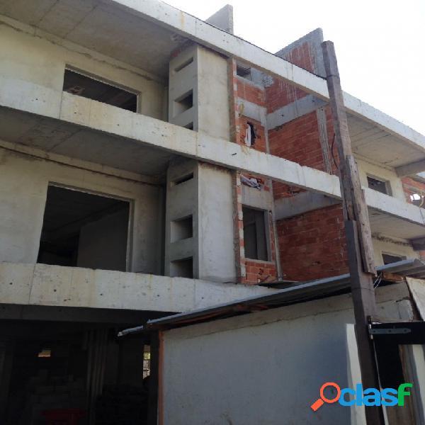 Dois quartos prédio baixo no recreio - gleba b